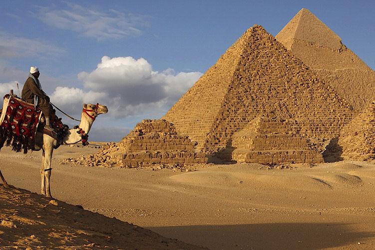 camel-ride-giza-pyramids-giza-egypt