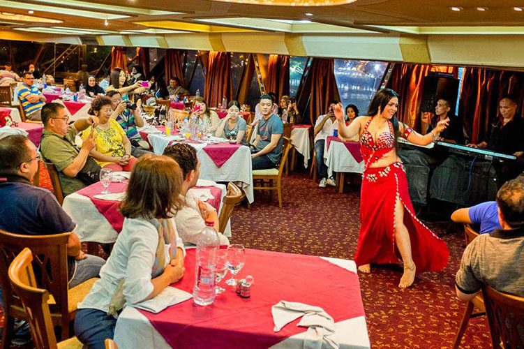 belly dance dinner cruise in cairo